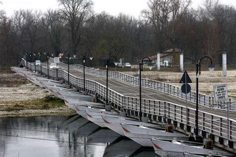 radio ticino pavia il ticino un ordinanza per salvaguardare il ponte di barche