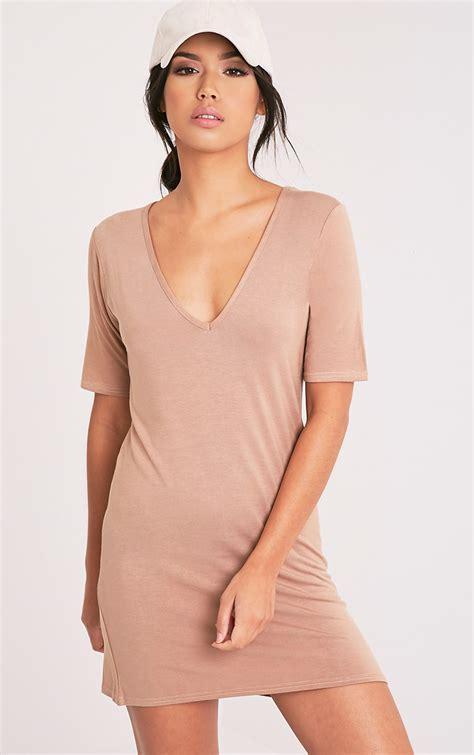 Tshirt Dress On t shirt dress oversized slogan dresses prettylittlething