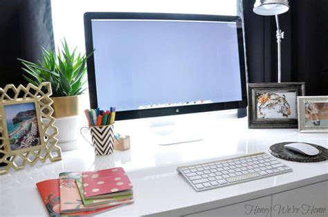 How To Organize Desk Iheart Organizing Uheart Organizing A Delightfully Organized Desk