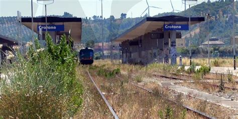 popolare crotone crotone comune aderisce alla petizione popolare ferrovia