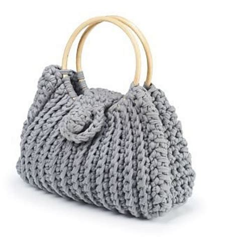use this envelope purse free crochet pattern to create a wonderful diy crochet harriet bag with free pattern