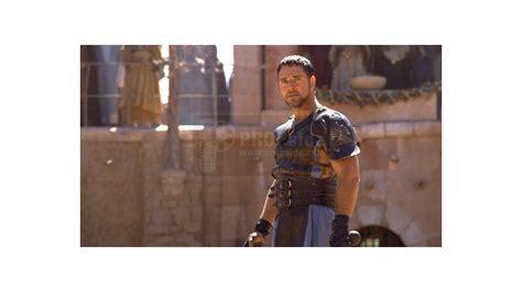 film studio gladiator maximus russell crowe armour decorations gladiator
