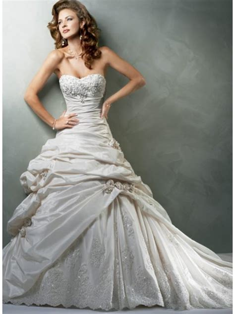 beaded vintage wedding dress sweetheart strapless applique beaded taffeta a line