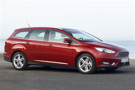 ford focus wagon  tdci hp titanium manual  door