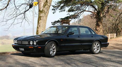 jaguar xjr 2011 pin pin jaguar xjr 100 x308 2002 1366x768 001jpg 09 dec
