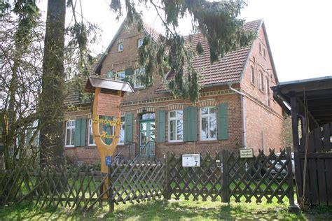 haus running berlin dbp friedrichsbrunn bonhoefferhaus eingang