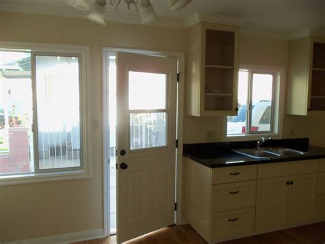 Paint Grade Kitchen Cabinets by Paint Grade Kitchen With Shaker Style Doors Ideal