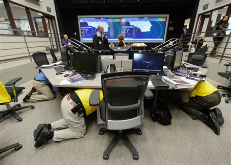 earthquake early warning system u s seismologist calls for national early warning system