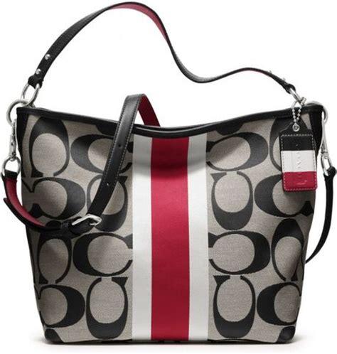Tas Coach Tote Bag In Bag Y7007 coach htons weekend signature stripe shoulder bag in black sv black white cherry lyst