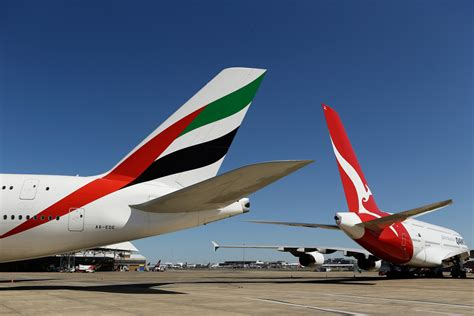 emirates alliance qantas frequent flyer vs emirates skywards comparing