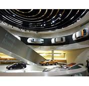 Reiseziel Stuttgart  Mercedes Benz Museum TT Lounge