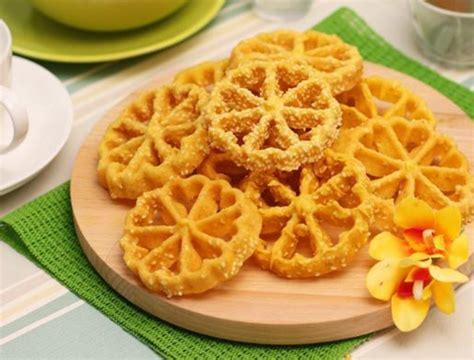 Cetakan Kembang Goyang Bunga 65cm gambar kue kembang goyang