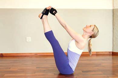 tutorial yoga untuk diet 10 tutorial gerakan yoga untuk mengecilkan perut berbagi 10