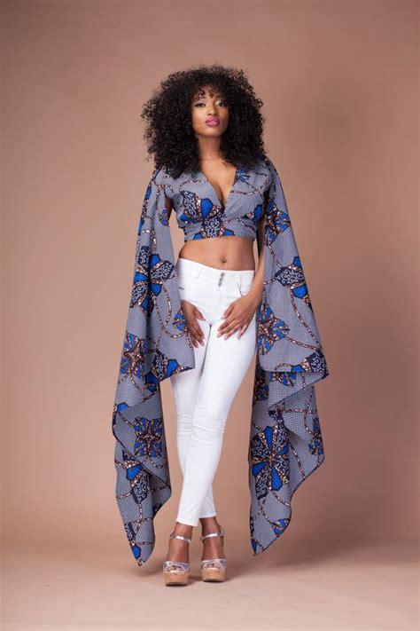 mode africaine un joli model de pagne wax leuk sngal la blackeuse mode s 233 lection de tops en pagne africain