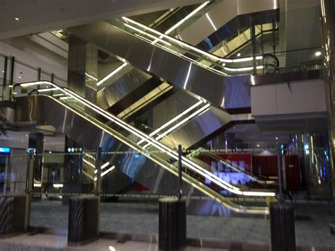 architect and building news report on airport building dubai airport building 2 e architect