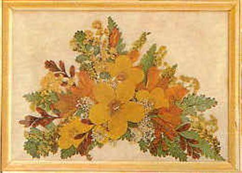 quadri con fiori pressati quadri di giori pressati e merletti