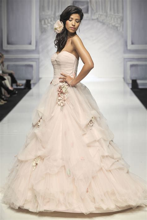 Wedding Gown Gold Premium Series how to find your wedding dress with ian stuart nu
