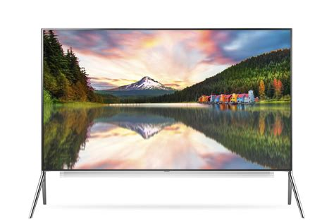 lg brought  mammoth    display  ces
