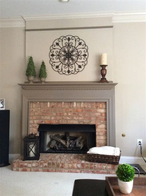 help paint color of fireplace trim and mantle