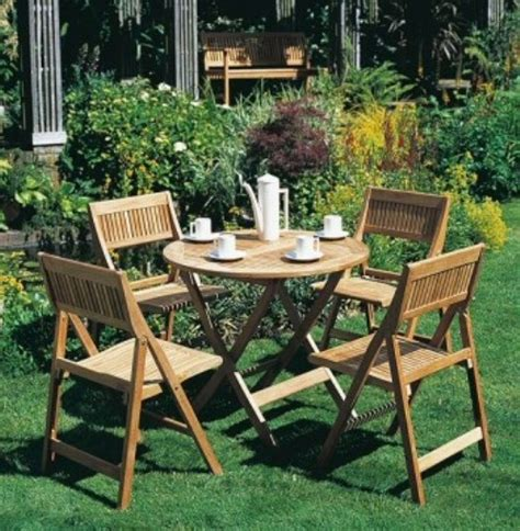 Best Way To Clean Patio Furniture by Best Ways To Clean Your Outdoor Furniture Interior Design