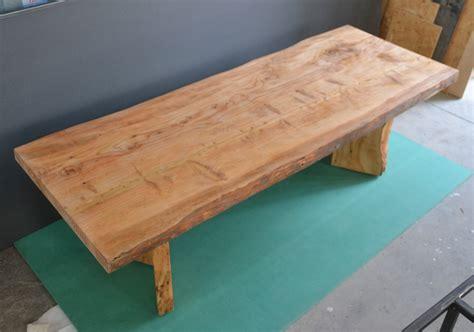 tavolo a tavolo in legno massello di cedro tavoli mobili