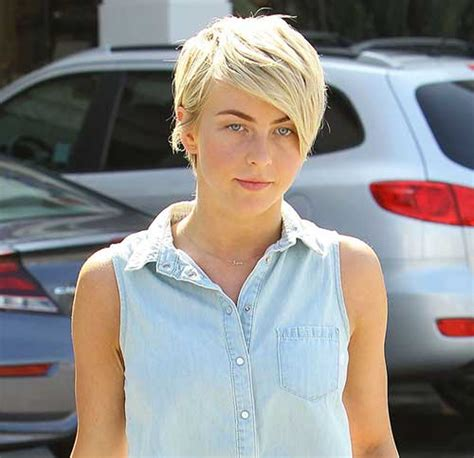 what kind of hairstyle does julienne huff have in safe haven 15 julianne hough pixie cuts pixie cut 2015