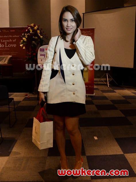 Cintaku Di Lembata Sari Narulita foto feby febiola di peluncuran novel karya sari narulita road to foto 5 dari 40