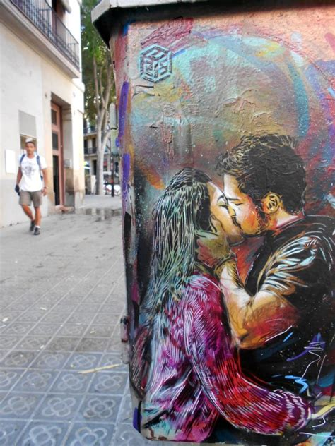 vuelve  barcelona distorsion urbana