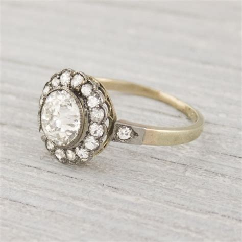 10 unique vintage engagement rings from the age
