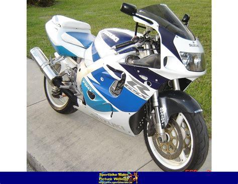 Suzuki Gsxr 750 1998 1998 Suzuki Gsx R 750 Pics Specs And Information