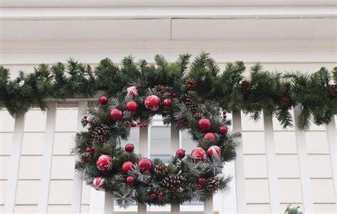 come decorare la come decorare il balcone per natale soluzioni di casa