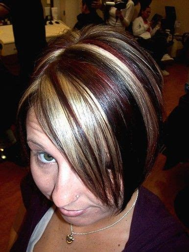 chunky hilites for the front of short hair short dark hair with blonde highlights short medium
