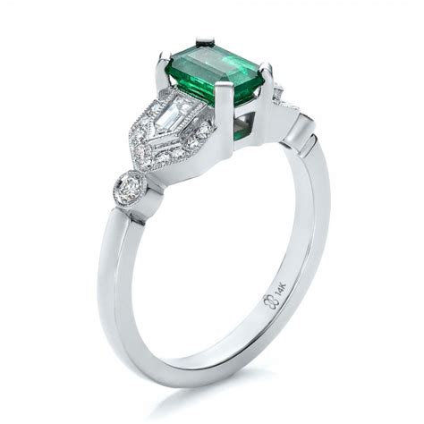 custom emerald and engagement ring 100286
