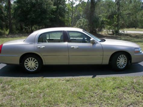 manual cars for sale 2003 lincoln town car lane departure warning service manual 2003 lincoln town car 4 2003 lincoln town car 4 door sedan for sale in