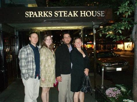 sparks steak house new york ny nyc taxi cabs sparks steak house 뉴욕 사진 트립어드바이저