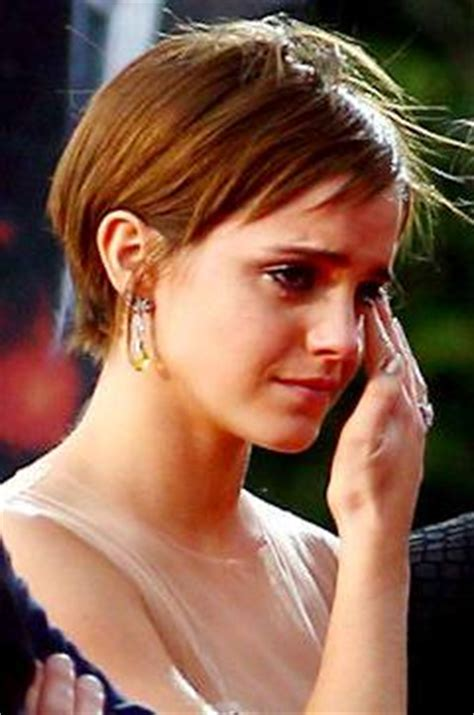 emma watson crying emma watson in tears for harry potter s end philippine news
