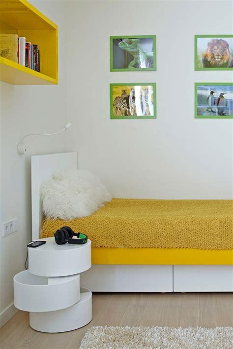nachttisch gelb innendesign ideen lassen sie sich diesem apartment