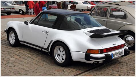 Porsche Targa Oldtimer by Heckansicht Eines Porsche 911 S Targa Oldtimer Treffen