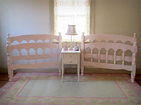 vintage twin bed adorable pink vintage spindle matching twin beds forever pink cottage chic forever