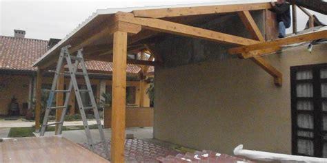 costruire veranda in legno tetti in legno piove di sacco costruire tetto