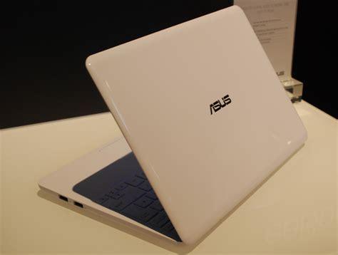 Notebook Asus Eee Book X205ta ifa 2014 j 243 olcs 243 lesz az asus eee book notebook prohardver notebook ifa h 237 r
