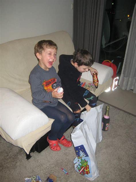 jorge el curioso souvenil en amacas a crochet pazis boys new site apexwallpapers imgsrc coole boys