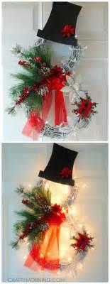 decorating a wreath ideas best 25 snowman wreath ideas on diy door