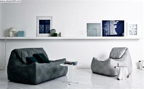 divani e divani triggiano divano colorato grande fratello idee per il design della