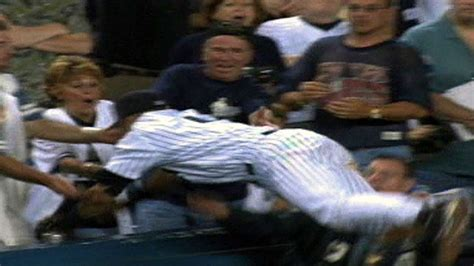 quot the dive quot derek jeter goes into the stands for an amazing catch youtube