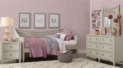 olivia 3 pc daybed bedroom rooms to go kids kids jaclyn place gray 3 pc daybed bedroom teen bedroom sets