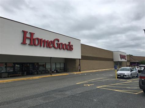 milford tj maxx homegoods spaces listed news milford