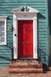 Cool Front Doors by 20 Cool Front Door Designs Shelterness
