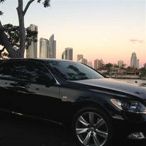 Wedding Car Gold Coast by Chauffeurs Gold Coast Wedding Cars Gold Coast Mc Easy