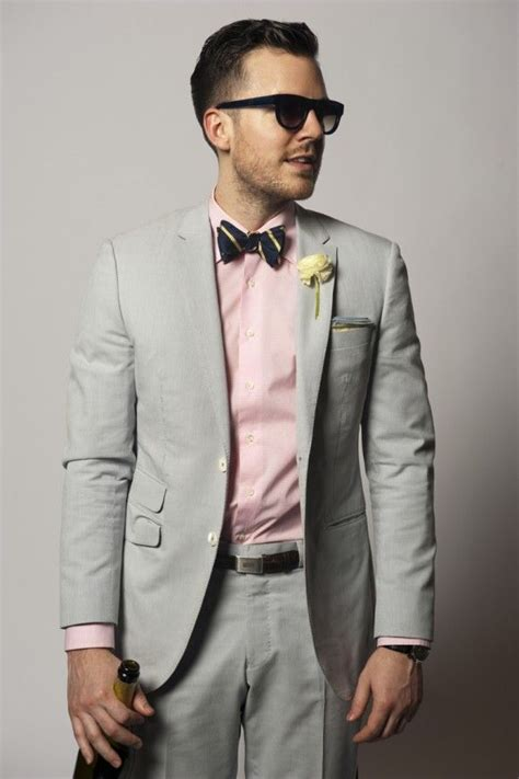 what color shirt with light grey suit the gray suit and bow tie switch the pink for a